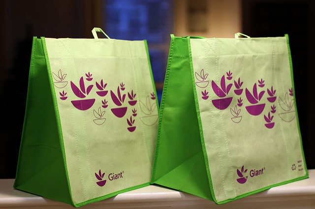 Tips to Choose Right Custom Printed Reusable Bags for Your Business