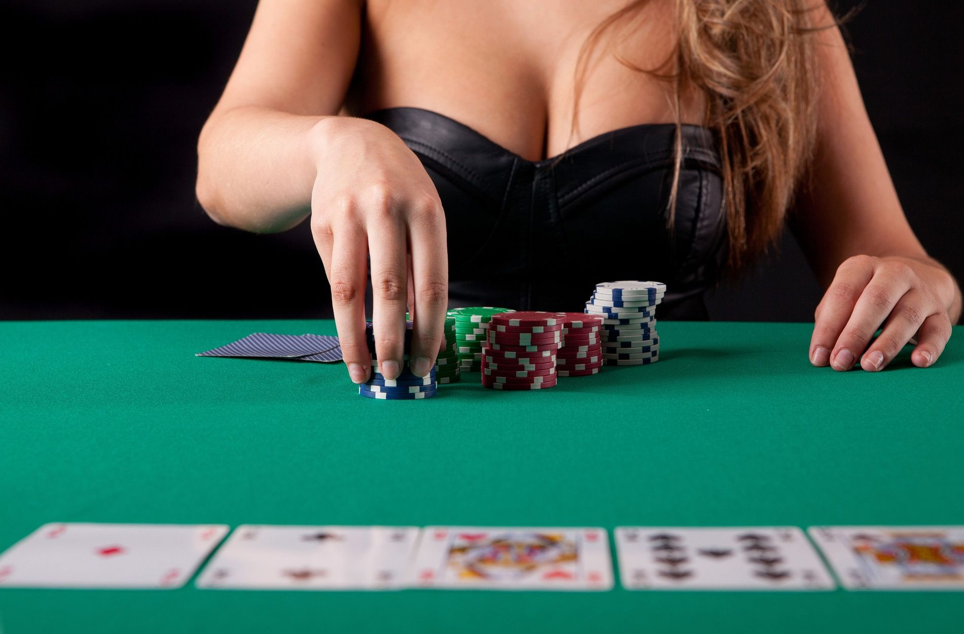 Instantaneous Options To Online Casino In Step By Step Detail